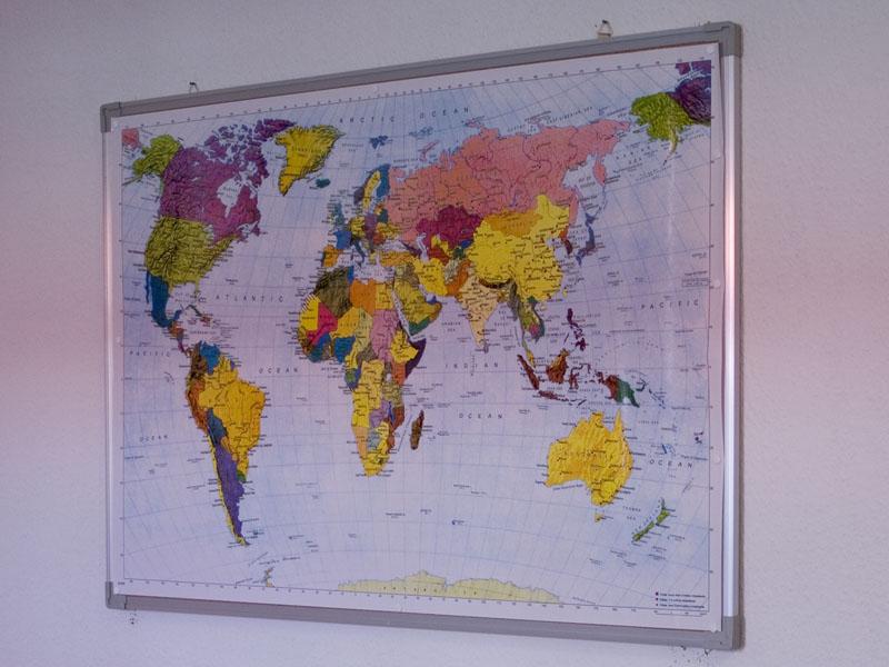 Weltkarte-Poster-Welt-Landkarte-geographisch-politisch